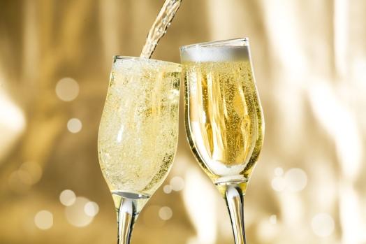 zevi-sparkling-wine.jpg