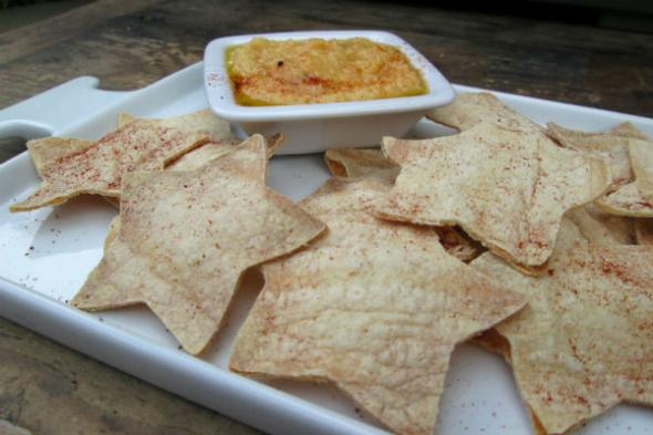 2013_06_11_ettiene_fourth_of_july_finger_foods_star_shaped_homemade_tortilla_chip_recipe.jpg